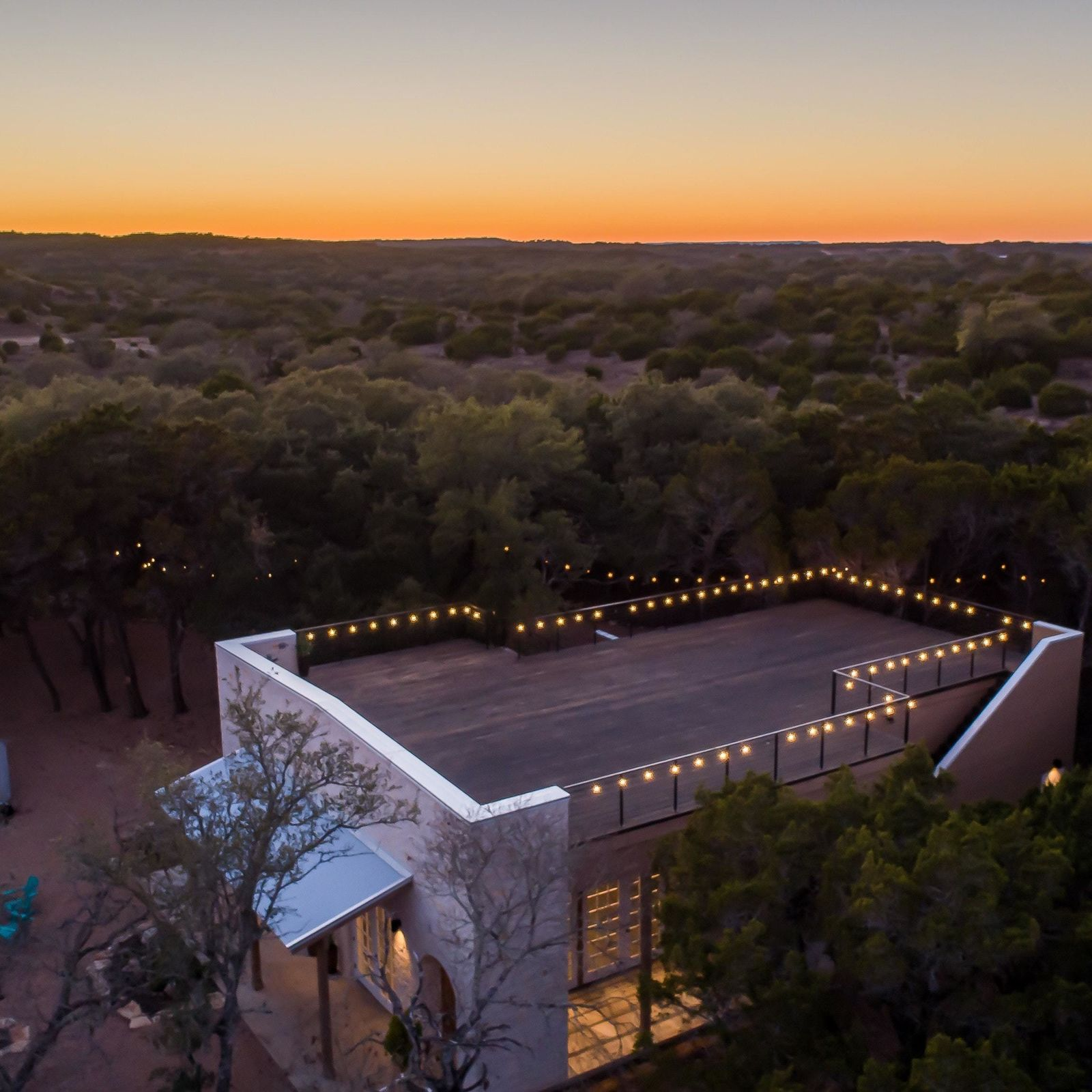 Private Event Center Dripping Springs Texas Hill Country Lucky Arrrow Retreat